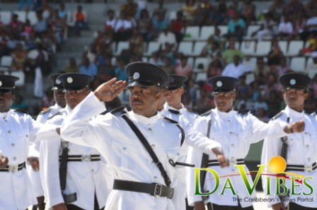 Police officers accept gov't salary increase offer