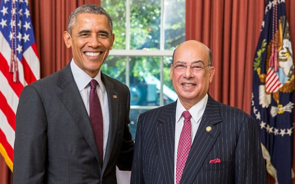 Sir Ronald Sanders pictured with President Barack Obama in the Oval Office Photo: White House Photo Office