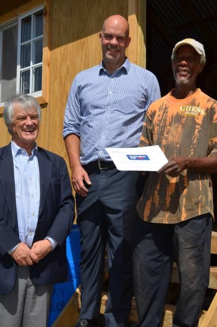 Deputy PM expresses gratitude to organizations assisting in housing programs