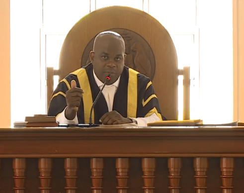 Hon House Speaker Scolds Head of Public Accounts Committee